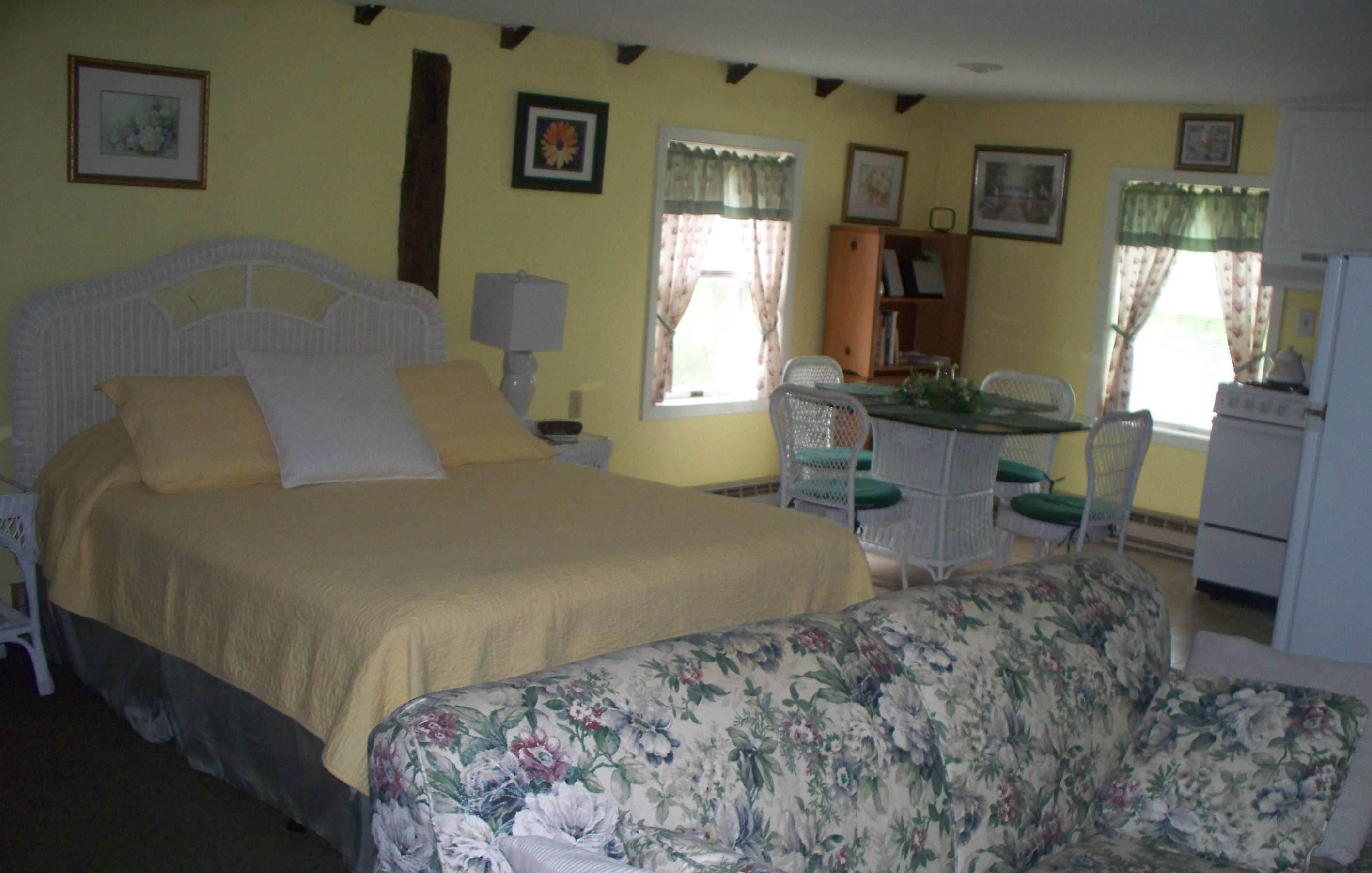 The Honeymoon Cottage The Dominion House Bed And Breakfast